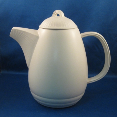 Arita Lagoon-Pearl coffee pot